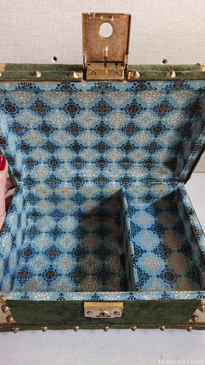Antigüedades: Impresionante joyero antiguo musical - Foto 5 - 170878174
