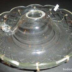 Antigüedades: REPUESTOS LAMPARAS ANTIGUAS CUBRECENTRO CRISTAL 12 ENGANCHES MED 17X3 CTM TALADRO CENTRAL 12 MM 1 UD. Lote 170913667