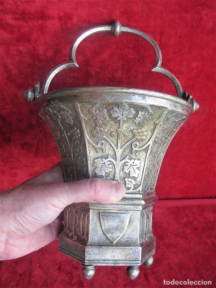 Antigüedades: ACETRE EN PLATA CON SIMBOLOGIA RELIGIOSA - Foto 5 - 199037421
