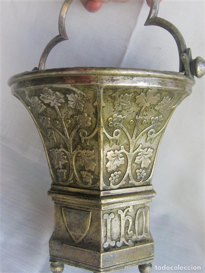 Antigüedades: ACETRE EN PLATA CON SIMBOLOGIA RELIGIOSA - Foto 11 - 199037421