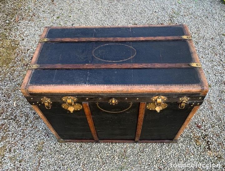 Antigüedades: BAUL DE COCHE 1900 - Foto 8 - 151633258