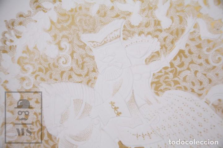 Antigüedades: Plato Decorativo de Porcelana Biscuit - Alboth Kaiser / AK - Rhapsodie - Alemania - Diám. 28 cm - Foto 2 - 171020285
