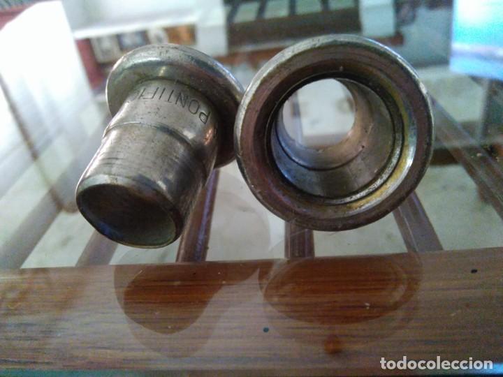 Antigüedades: Pareja de boquillas para velas. CERERIA PONTIFICIA. ANDÚJAR. 4 cm de altura. - Foto 3 - 171030392