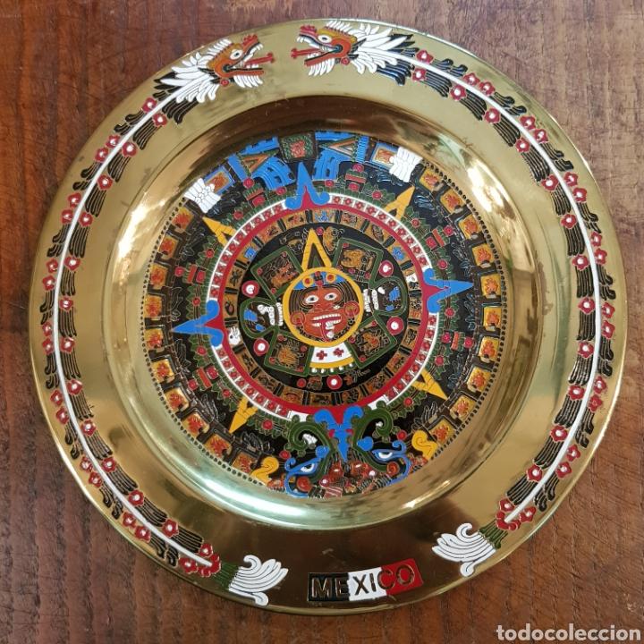 PRECIOSO PLATO CON CALENDARIO AZTECA MEXICO 20 CM (Antigüedades - Hogar y Decoración - Platos Antiguos)
