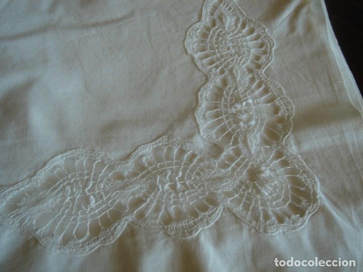 Antigüedades: juego de cama grande con aplicaciones de bolillos (28) - Foto 4 - 171052289