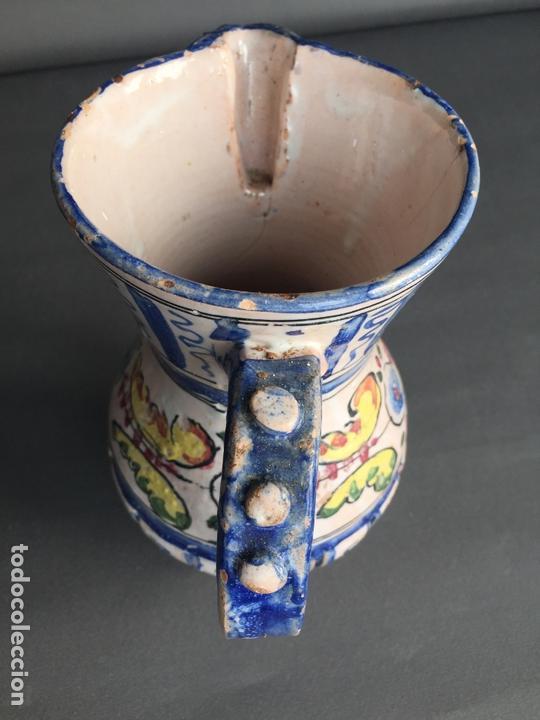 Antigüedades: ANTIGUA JARRA DE PUENTE DEL ARZOBISPO , PINTADA A MANO Y FIRMADA J.A. - Foto 7 - 171094980