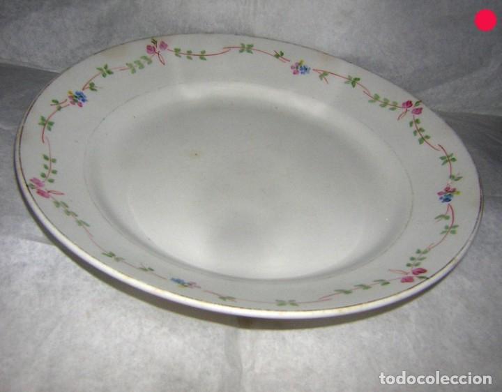 PLATO PLANO LOZA DE LA ASTURIANA (Antigüedades - Porcelanas y Cerámicas - San Claudio)