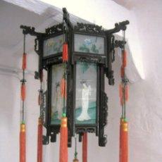 Antigüedades: ANTIGUA LÁMPARA CHINA DE GRAN TAMAÑO CON CRISTALES PINTADOS Y TALLA MADERA - B. Lote 171140670