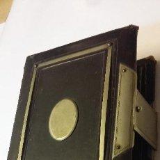 Antigüedades: ANTIGUO ALBUM PARA FOTOGRAFIAS. Lote 171144667