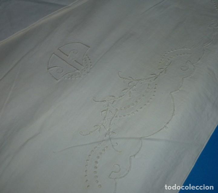 Antigüedades: Sábana y funda de almohada de algodon con bordados. - Foto 3 - 171151584