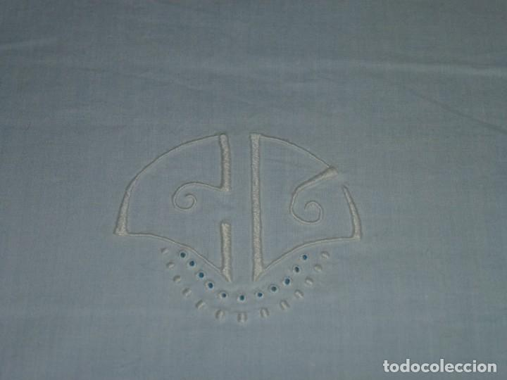 Antigüedades: Sábana y funda de almohada de algodon con bordados. - Foto 8 - 171151584