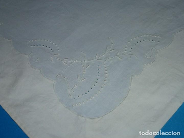 Antigüedades: Sábana y funda de almohada de algodon con bordados. - Foto 10 - 171151584