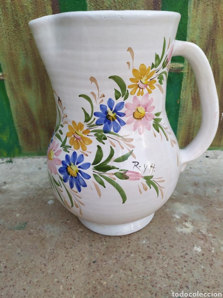 JARRA DE AGUA FLORES 38 CM. (Antigüedades - Porcelanas y Cerámicas - Otras)