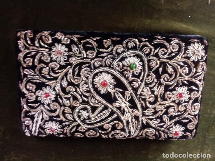 Antigüedades: Bolso de mano antiguo bordado en oro - Foto 3 - 171222415