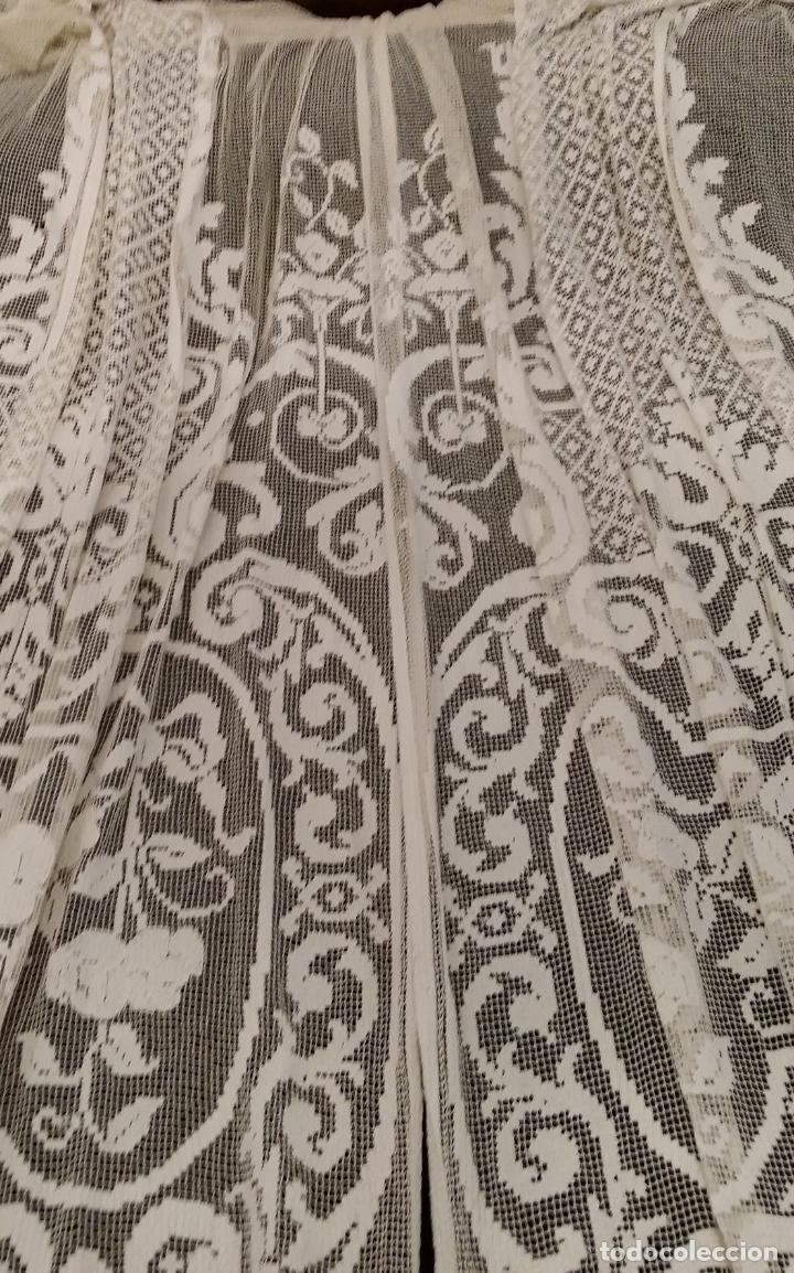 Antigüedades: Encaje de red - pareja antiguas cortinas modernistas - 3 metros - Foto 2 - 171232858