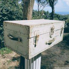 Antigüedades: GRAN BAGUL ANTIGUO DE TONO TURQUESA ANTIQUE UNIQUE. Lote 171240089