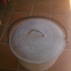 Antigüedades: GRAN POTA POTE OLLA MARMITA PUCHERO 45CM ALUMINIO. Lote 171332393