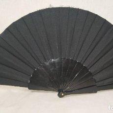 Antigüedades: ABANICO DE PLÁSTICO NEGRO . Lote 171348105