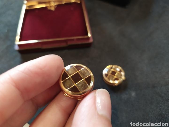 Antigüedades: Cubre botones y alfiler de corbata. Esmaltado y dorado - Foto 5 - 171350165