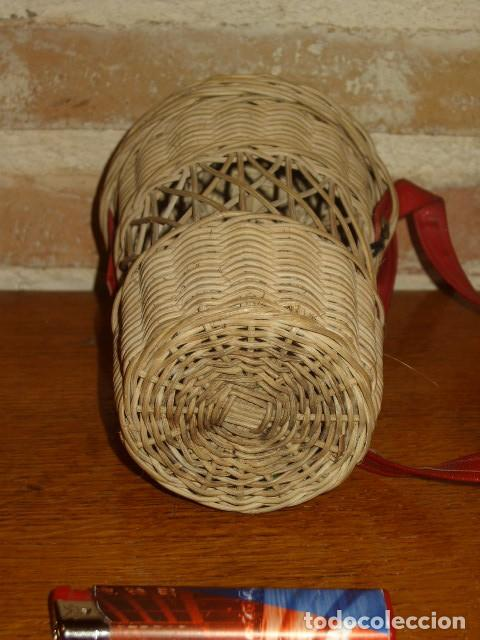 Antigüedades: ANTIGUO PORTA VASOS DE MIMBRE .BALNEARIO - Foto 3 - 171351207