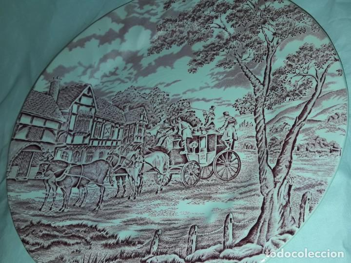 Antigüedades: Bello plato porcelana Inglesa Myott Royal Mail decoración roja sellado en la base - Foto 5 - 171374942