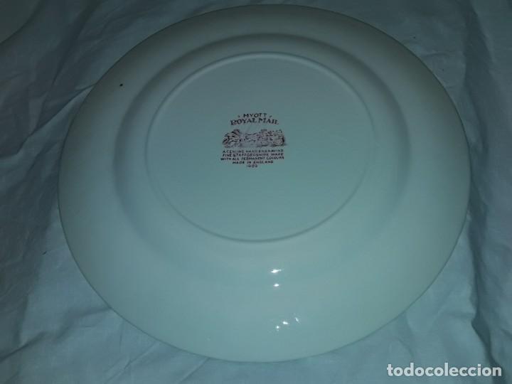 Antigüedades: Bello plato porcelana Inglesa Myott Royal Mail decoración roja sellado en la base - Foto 6 - 171374942