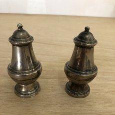 Antigüedades: SALERO Y PIMENTERO. Lote 171399784