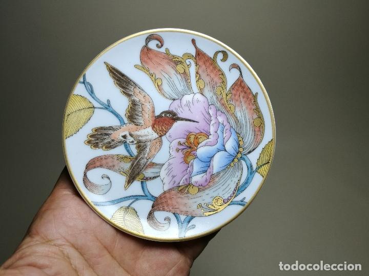 PEQUEÑO PLATO COLIBRI--SERIE HUTSCHENREUTHER SAMMELTELLER KOLOBRI -GERMANY--10,5 CM (Antigüedades - Porcelana y Cerámica - Alemana - Meissen)