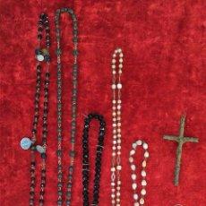 Antigüedades: LOTE DE ROSARIOS Y ESCULTURAS RELIGIOSAS. METAL. CRISTAL. NÁCAR. MADERA. ESPAÑA. XIX-XX. Lote 171423747
