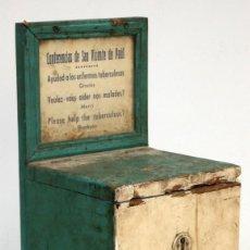 Antigüedades: URNA LIMOSNERO DE LAS CONFERENCIAS DE SAN VICENTE DE PAUL. AYUDAD A LOS ENFERMOS TUBERCULOSOS.. Lote 171480265