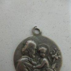Antigüedades: ANTIGUA MEDALLA - SAN JOSÉ - PLATA DE LEY, CINCELADA. Lote 171494494
