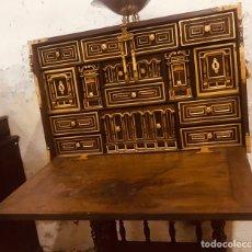 Antigüedades: BARGUEÑO DE BARGAS ,SIGLO XVIII,SOBRE PIE DE PUENTE POSTERIOR.. Lote 171495193