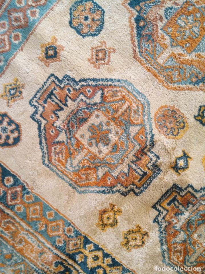 Antigüedades: gran alfombra larga tipo tapiz - pasillo escalera .... 225x67 cm + los flecos - Foto 4 - 171501378