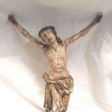 Antigüedades: CRISTO S XIX TALLA DE MADERA DE BOJ POLICROMADA. MED. 22 X 32 CM. Lote 171526000