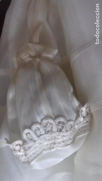 Antigüedades: BONITO VESTIDO DE PRIMERA COMUNION DE SEDA NATURALCON ALFORSITAS, ENCAJE DE QUIPÚ CON LIMOSNERA - Foto 10 - 171529424