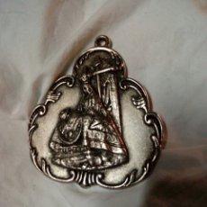 Antigüedades: MEDALLON GRANDE 8,50X7,50 DE LA VIGEN DE LAS ANGUSTIAS. Lote 171530135