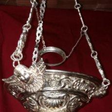 Antigüedades: ESPECTACULAR LAMPARA VOTIVA EN BRONCE PLATEADA CON TERMINACION DORADA. Lote 171254623