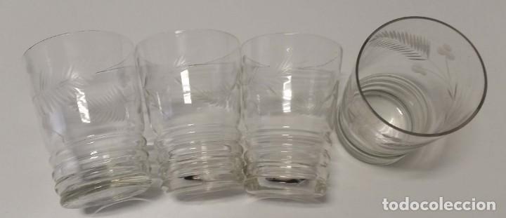 ANTIGUOS VASOS TALLADOS (Antigüedades - Cristal y Vidrio - Otros)