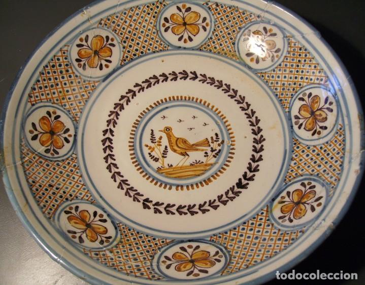 Antigüedades: GRAN PLATO CERÁMICA DE TALAVERA XIX - Foto 7 - 171627850