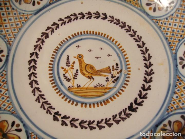 Antigüedades: GRAN PLATO CERÁMICA DE TALAVERA XIX - Foto 9 - 171627850