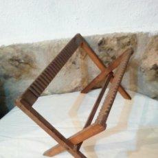 Antigüedades: ANTIGUO PLATERO ESCURRE PLATOS DE MADERA. Lote 171628529