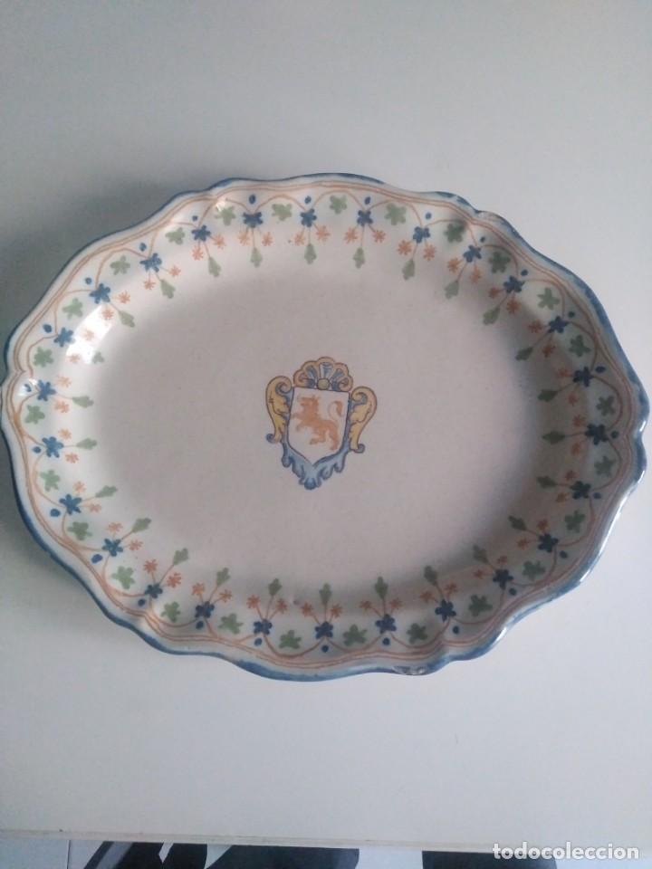 TALAVERA, RUIZ DE LUNA, SOBERBIA BANDEJA 40POR 30 (Antigüedades - Porcelanas y Cerámicas - Talavera)