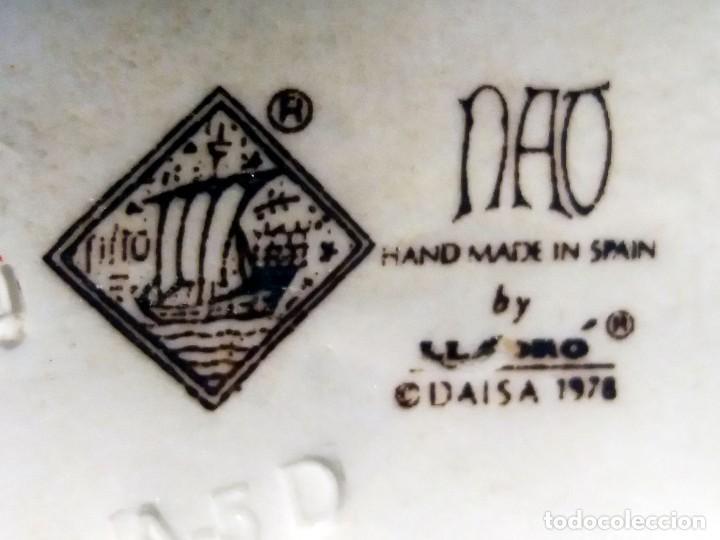 Antigüedades: PERRITO PORCELANA LLADRO, CON MARCAS., Nº SELLO NAO.Medidas: 12,5 X 8 X 9 cm. de alto. Firmado. - Foto 4 - 171663518