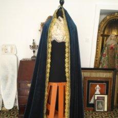 Antigüedades: MANTO TAMAÑO NATURAL - TERCIOPELO AZULNOCHE . IDEAL MANTO DE VIRGEN INMACULADA SEMANA SANTA. Lote 158023358