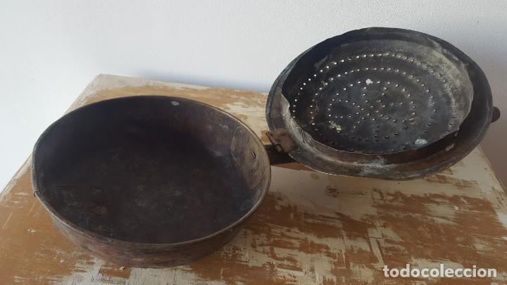 Antigüedades: CALIENTACAMA BRONCE MANGO MADERA TORNEADA - Foto 6 - 171701958