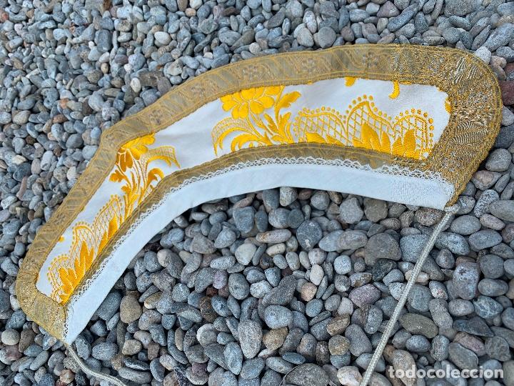 Antigüedades: Espectacular cuello para dalmatica de tejido adamascado y brocado con hilo de plata - Foto 5 - 171706458