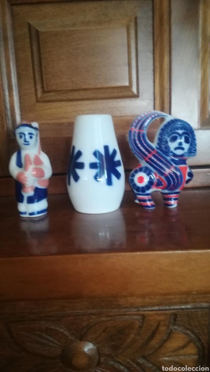 LOTE DE 3 MINIATURAS DE SAGARDELOS (Antigüedades - Porcelanas y Cerámicas - Sargadelos)