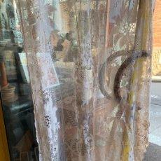 Antigüedades: CORTINA TIPO VISILLOS. MIDE 2,40CMS DE ALTURA X 100CMS DE ANCHO. Lote 171755537