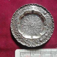 Antigüedades: BANDEJITA DE PLATA CONTRASTADA. 19 GRAMOS. Lote 171759648