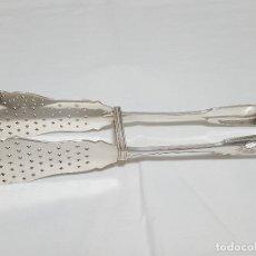 Antigüedades: GRANDES PINZAS DE SERVICIO EN PLATA FRANCESA - ESCUDO NOBILIARIO - ORFEBRE ANDRÉ AUCOC (1887-1911). Lote 171772984